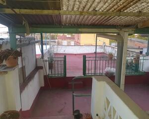 Casa con terraza en Pardaleras , Badajoz