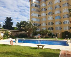 Apartamento con piscina en Calaburra , Mijas