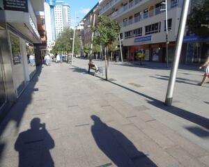 Local comercial en Plaza Triangular, Playa De Levante Benidorm