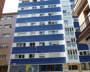 Piso de 3 habitaciones en Laviada, Centro Gijón