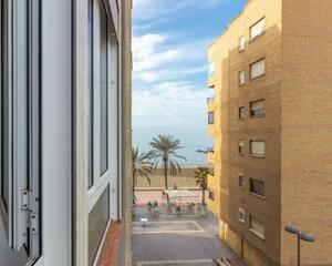 Piso de 3 habitaciones en Zapillo, Almería
