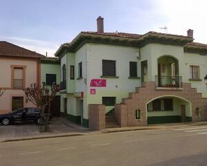 Casa de 3 habitaciones en Periferia, Gijón