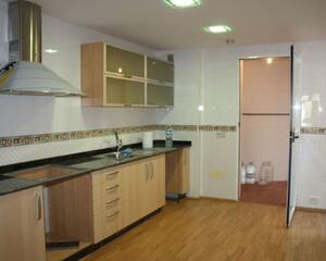 Piso de 4 habitaciones en Estacion, Ensanche Cartagena