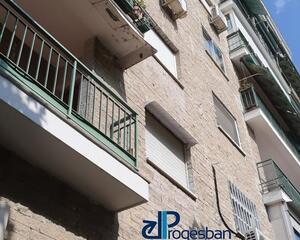 Piso con terraza en marrequína, Moratalaz Madrid