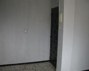 Piso de 3 habitaciones en Los Rosales, Ceuta