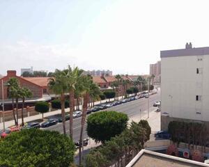 Piso de 3 habitaciones en Residencia, Laguna Cádiz