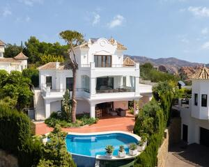 Casa con terraza en Elviria, Marbella