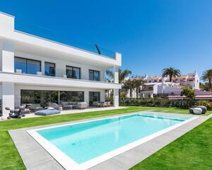 Villa en Jardines Del Puerto, Puerto Banús Marbella