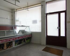 Local comercial de 1 habitación en Victor Gallego, Ensanche Zamora