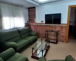 Piso de 2 habitaciones en Zapillo, Almería