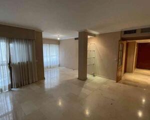 Piso de 4 habitaciones en Centro , Córdoba