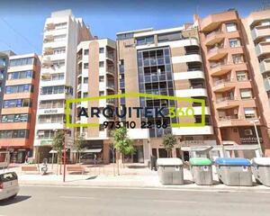 Apartamento con calefacción en Balmes, Lleida
