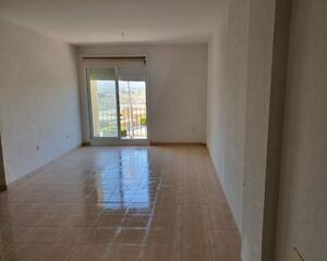 Piso de 2 habitaciones en Cercano Al Puerto, Garrucha