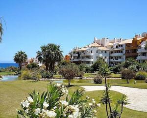 Apartamento con jardin en Punta Prima, Torrevieja