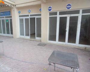 Local comercial en 1ª Linea, Playa De Levante Benidorm