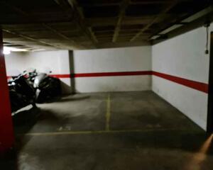 Garaje en La Vila Olímpica del Poblenou, Sant Martí Barcelona