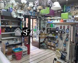 Local comercial en Pacífico, Retiro Madrid