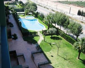 Piso con piscina en Casas Verdes, Paterna