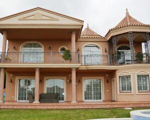 Casa con jardin en Riviera Del Sol, Mijas