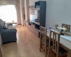 Piso de 3 habitaciones en Céntrico, Adra