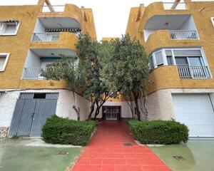 Piso de 3 habitaciones en Centro, Los Alcázares
