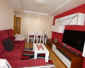 Piso de 3 habitaciones en Avd. Santander, Palencia