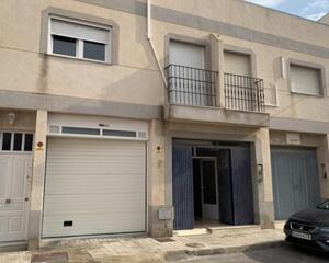 Local comercial en El Alquian, El 104, Zapillo Almería