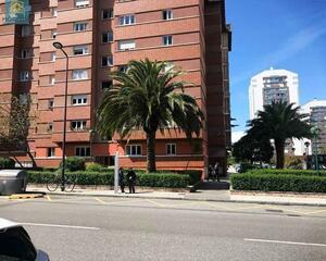 Piso de 3 habitaciones en Polígono , Sur Gijón