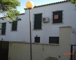 Dúplex con terraza en Calera de Leon