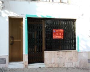 Local comercial reformado en Paseo Extremadura, Monesterio