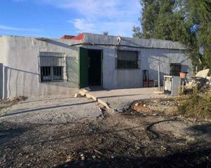 Casa rural de 2 habitaciones en Agost