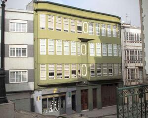 Piso de 4 habitaciones en Betanzos