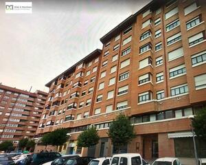 Apartamento con calefacción en Paseo Salamanca, Centro León
