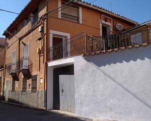 Piso de 4 habitaciones en Concud, Teruel