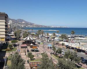 Apartamento en 1ª Línea de Playa, Zona Puerto Deportivo Fuengirola