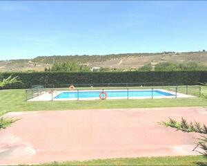 Piso con patio en Semi Céntrico, Fuenmayor