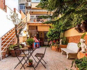 Casa de 4 habitaciones en La Creu De Barberà , Sabadell