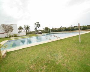 Piso con terraza en Retamar - Toyo, Almería