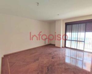 Piso de 2 habitaciones en Centro, Valdepeñas