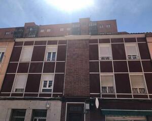 Apartamento reformado en Crucero , León