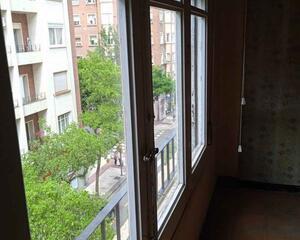Piso de 4 habitaciones en Centro, Zaragoza