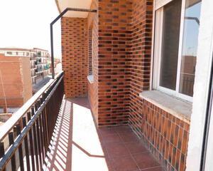 Piso de 3 habitaciones en Centro, Pantoja