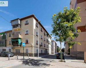 Piso con terraza en Zaidín, Granada