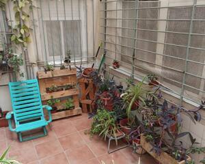 Piso con patio en Carolinas, Campoamor Alicante