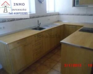 Piso de 3 habitaciones en Caranza, Esteiro Ferrol