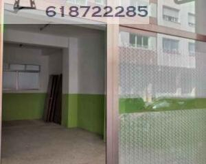 Local comercial de 2 habitaciones en Fajardo, Caranza Ferrol