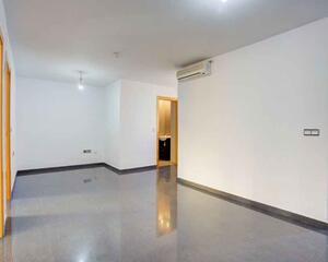 Piso de 3 habitaciones en Torrefiel, Rascanya Valencia