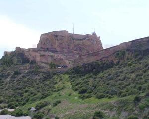 Piso de 2 habitaciones en Centro, Casco Antiguo Alicante