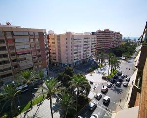 Piso de 4 habitaciones en Ensanche, Alicante