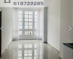 Piso de 1 habitación en Centro, Ferrol